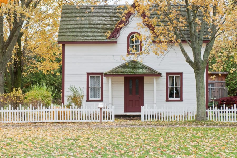 What is Fall Feeding Good Lawn Care in Idaho