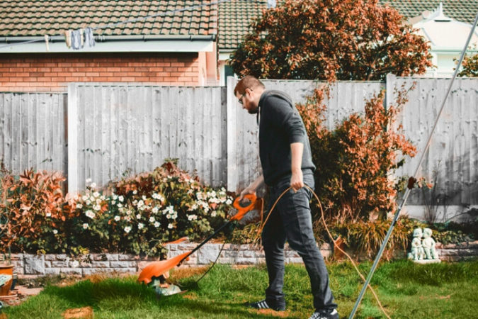 The How, What, and When of Fall Lawn Preparation